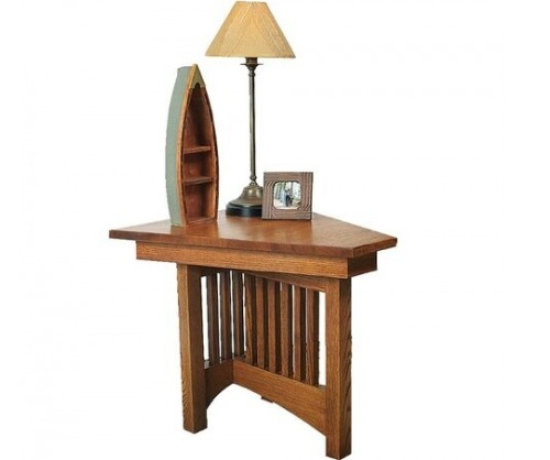 Gallatin Classic Wedge End Table